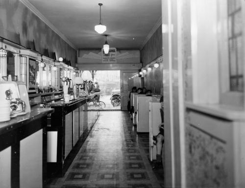 22857465 milk bar Cuba-55